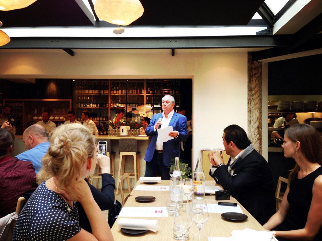 Opiniated About Dining de Steve Plotnicki chez Saturne