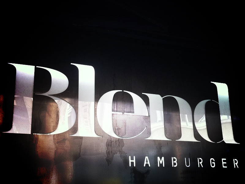 Blend, restaurant à hamburgers, Paris