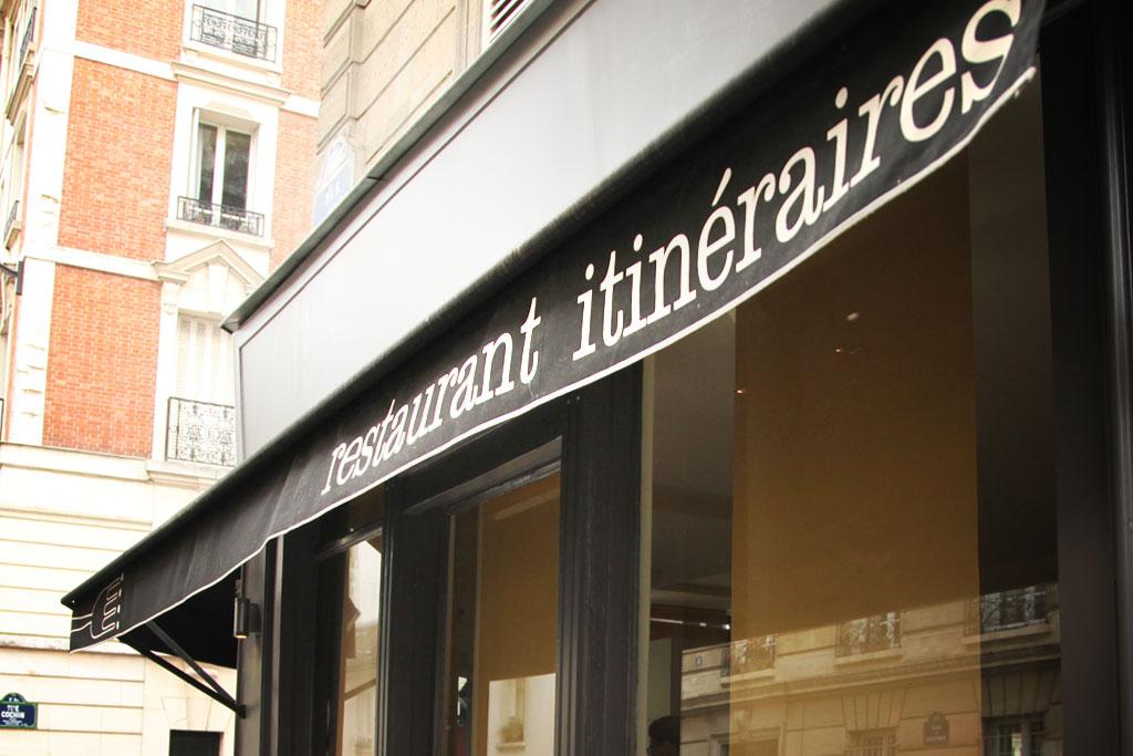 Manger des fleurs chez Itinéraires de Sylvain Sendra, Paris