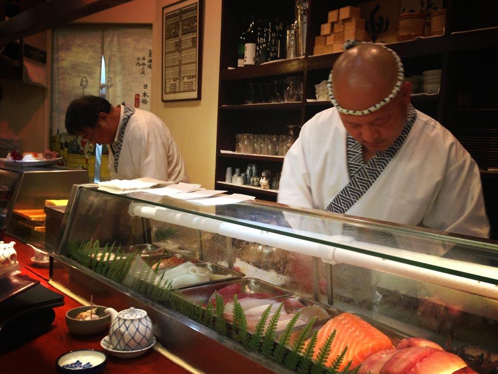 Tsukizi orgyness - Restaurant japonais paris cuisine devant vous ...
