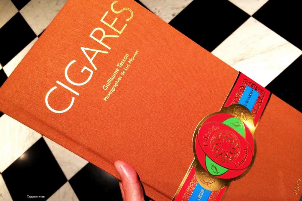 Cigares, le livre de Guillaume Tesson