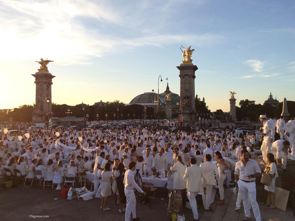 Le Dîner en Blanc, un événement bourgeois et élitiste ?