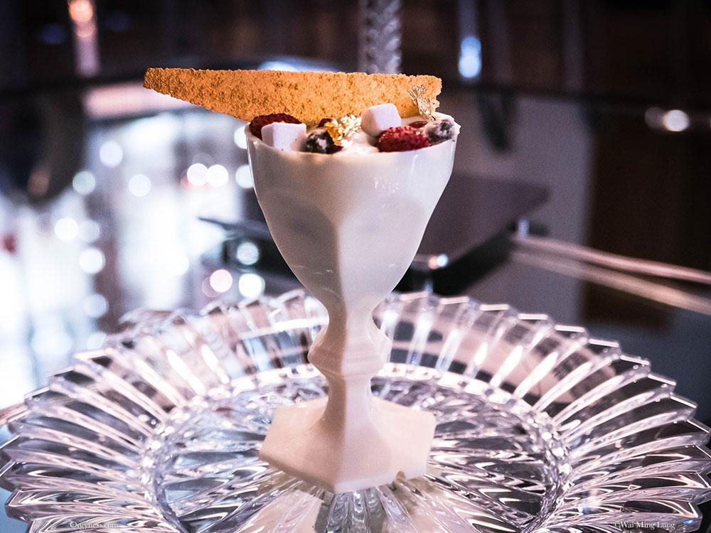 Harcourt, le dessert de Guy Martin pour Baccarat
