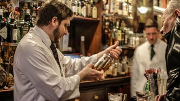 new-york-harry-s-bar-paris-2