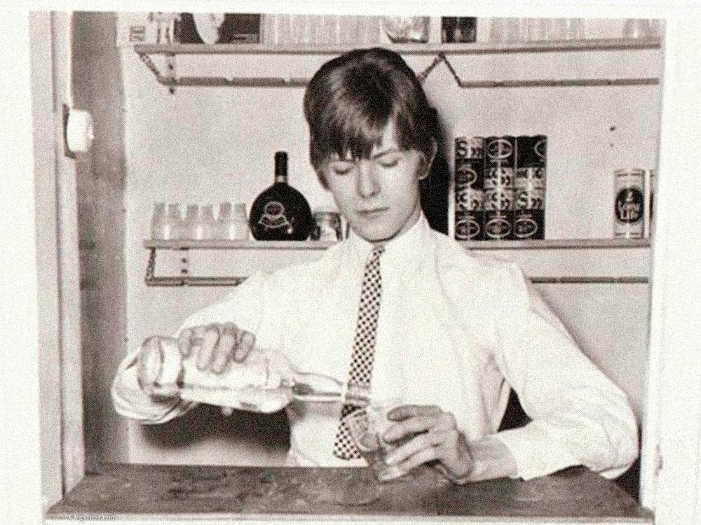 David Bowie – Remixology
