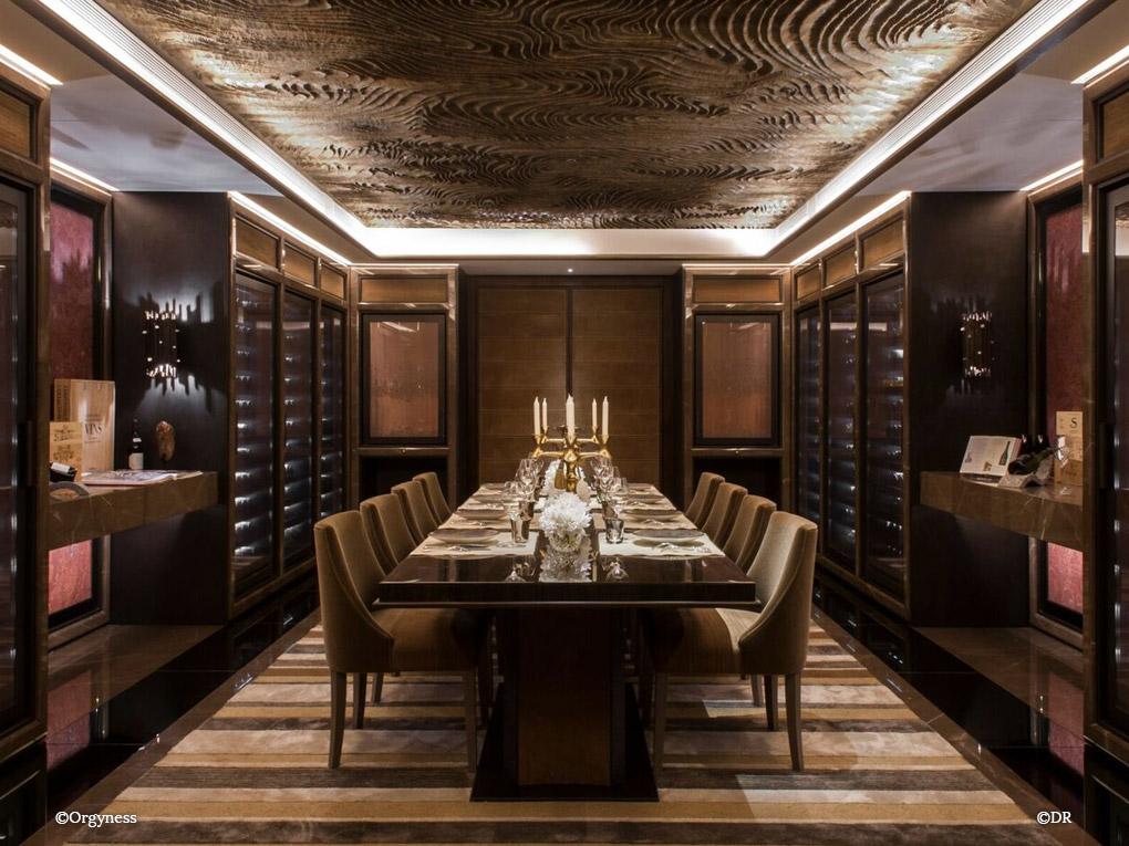 Rencontres Exclusives avec Xavier Thuizat, Chef Sommelier du Crillon